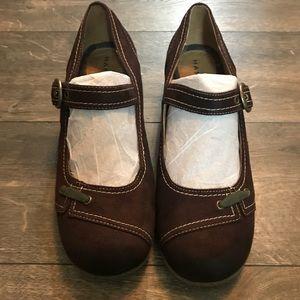 Hannah Comfort Shoes SZ 9M
